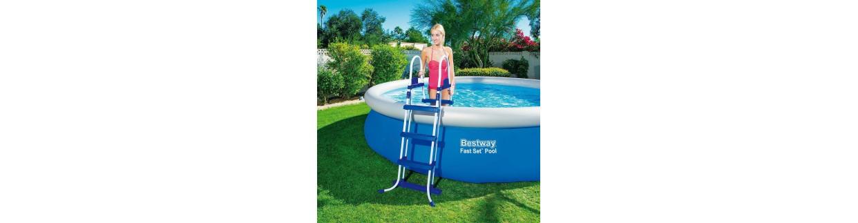 Todo tipo de Escaleras para piscinas al mejor precio de todo internet